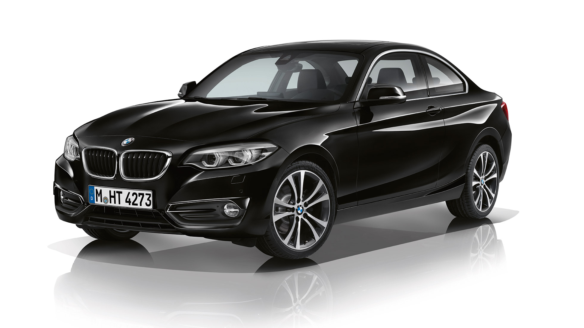 BMW 2-serie Coupé, Model Sport Line, set forfra let drejet
