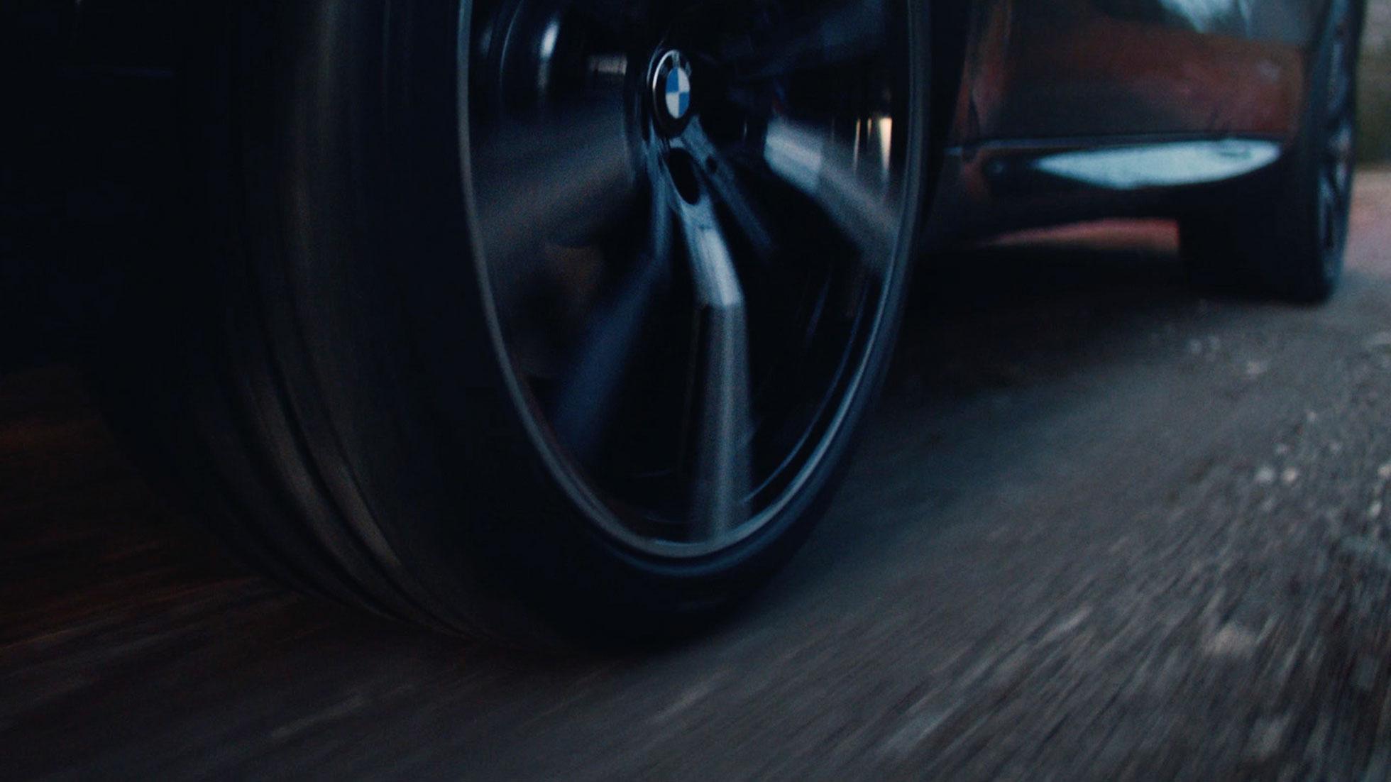 447ea00fceb7 Roterende BMW fælge med BMW logo